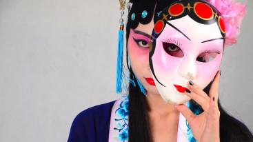 Как найти включить и использовать маски в сторис Инстаграм